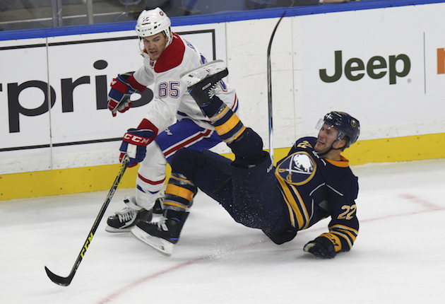 Andrew Shaw ends Canadiens debut with a slew-foot (Video)