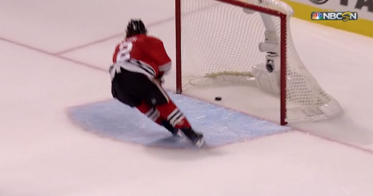 Blackhawks score own-goal to end game vs. Blues (Video)