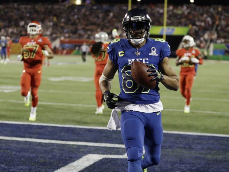 Doug Baldwin scores a touchdown in last season's Pro Bowl. (AP)