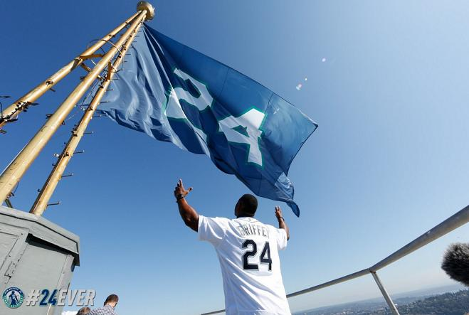 Ken Griffey Jr.'s No. 24 flies high above Seattle on top of the Space Needle. (Mariners)
