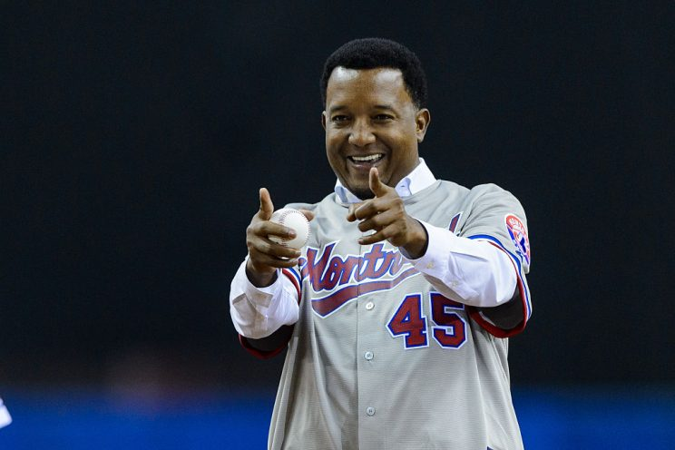 Pedro Martinez celebrated the Indians' win with offensive gestu…