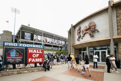 Cardinals and Cowboys to open preseason in Hall of Fame game (turf permitting)