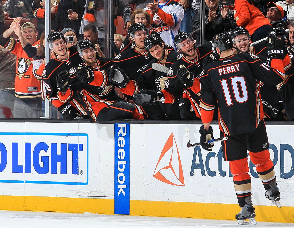 NHL Three Stars: Perry, Williams finally score