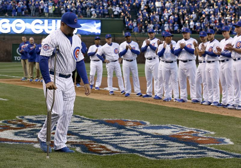 Kyle Schwarber might have a shot to return to the Cubs during the World Series. (AP)