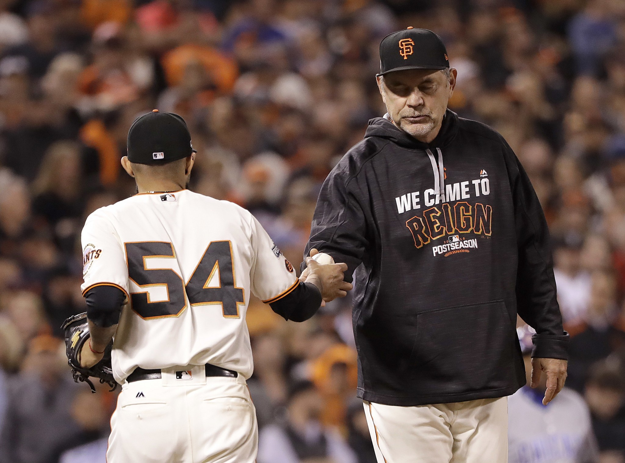 Should the Giants have stuck with Matt Moore in the ninth innin…