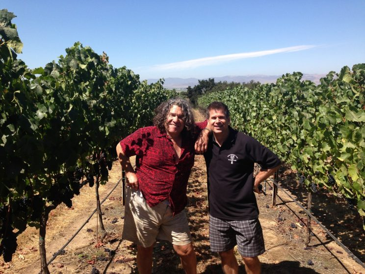 LA Kings broadcaster blends hockey and wine passions