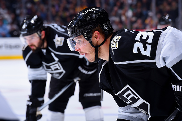 Dustin Brown goal eventually counts after delay (Video)