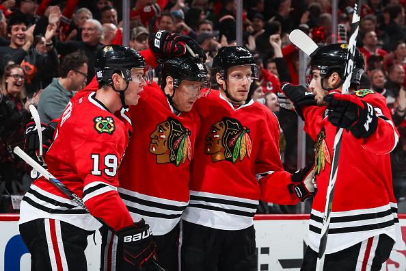 Blackhawks jump to Stanley Cup favorite per oddsmaker