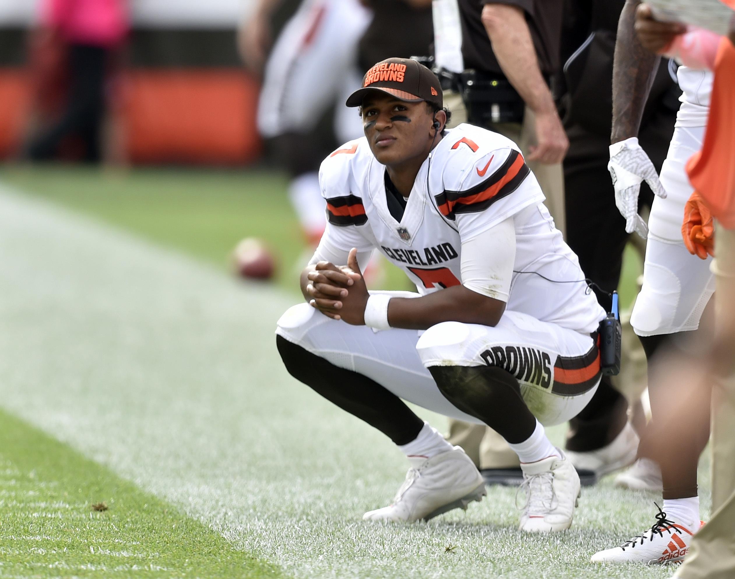 Welcome back, Kizer: Hue Jackson reinstates rookie Browns starter after a week on bench