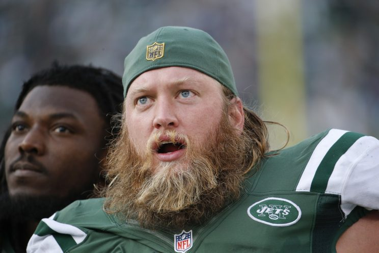 Longtime Jets center Nick Mangold announces team will release him