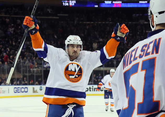 Cal Clutterbuck gets five-year, $17.5 million extension from Is…