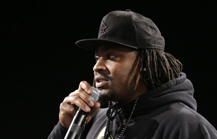Marshawn Lynch's 'Beast Mode' run mashed up with that viral igu…