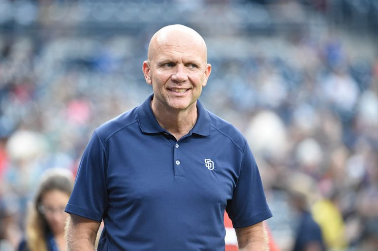 Padres part ways with president and CEO Mike Dee