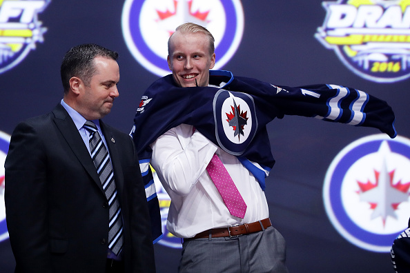 Winnipeg Jets sign Patrik Laine to entry-level contract