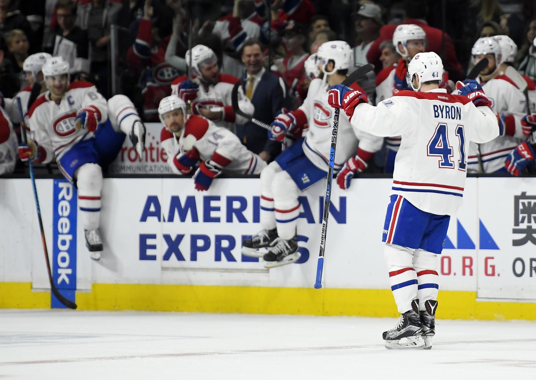NHL Three Stars: Flames thump Ducks, Flyers win five straight