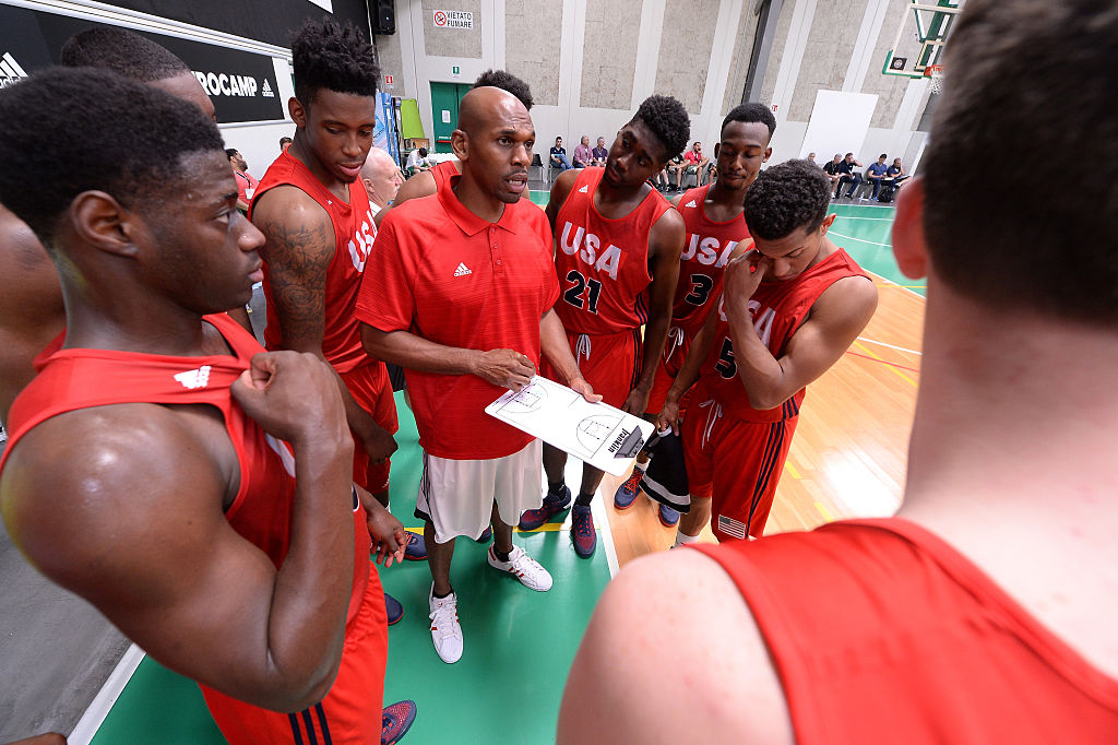 Coach Jerry Stackhouse of Team USA gives instructions to players during adidas Eurocamp on June 8, 2015 in Treviso, Italy. (Roberto Serra/Iguana Press/Getty Images)