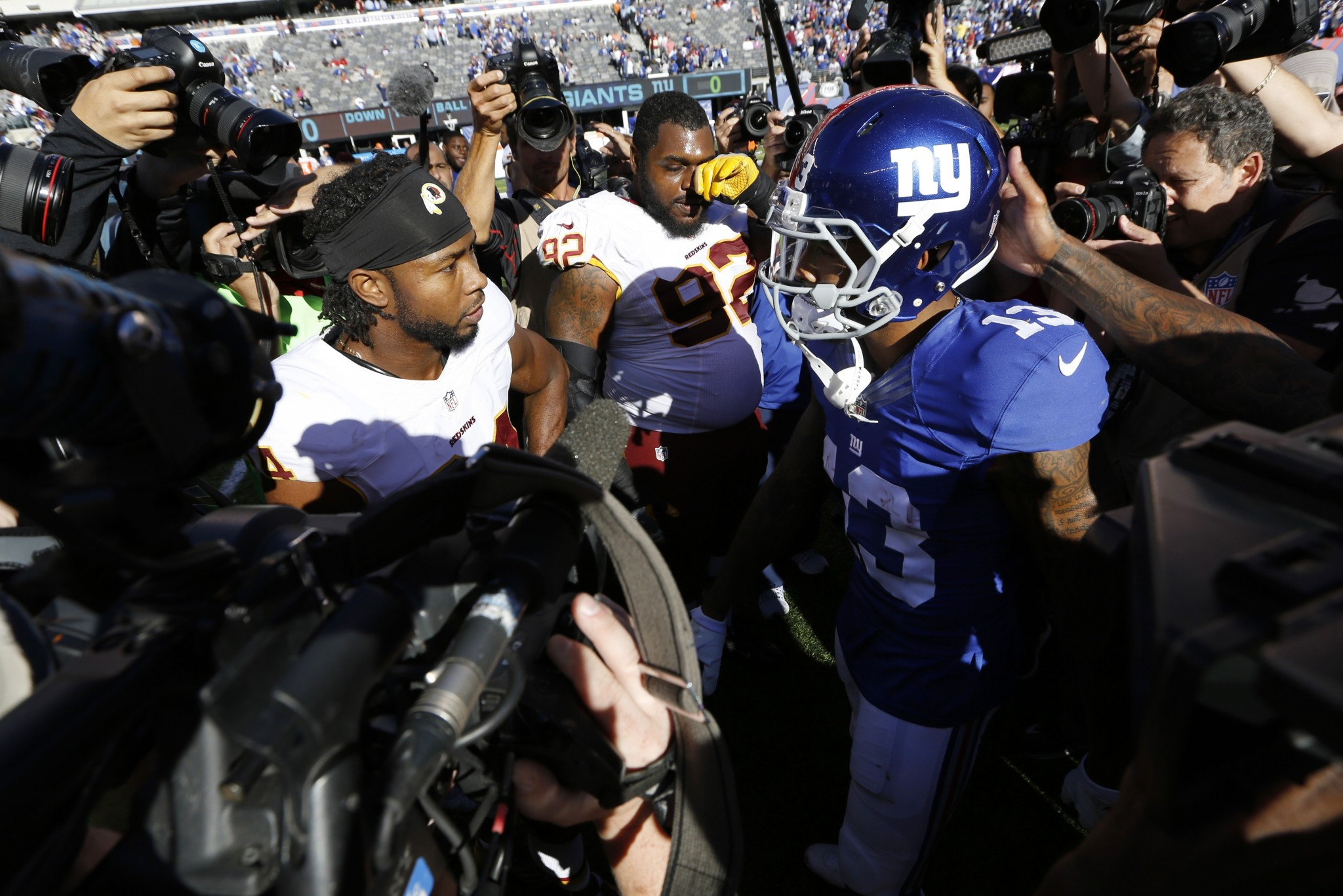 Can't blame Beckham: Giants blow lead, lose cool in loss to Red…