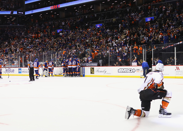 Josh Bailey's OT goal keeps Randy Carlyle's Ducks winless