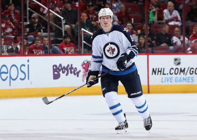 Jacob Trouba committed to Jets after rescinding trade request