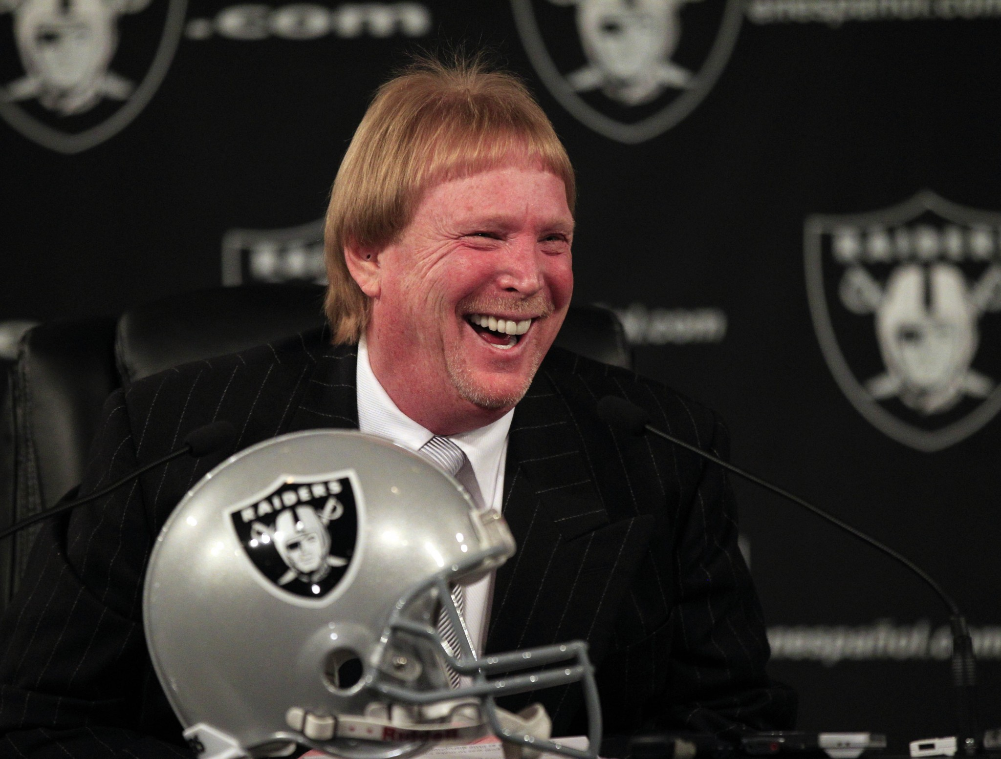 Mark Davis already registered Vegas Raiders website, almost 20 years ago on Christmas