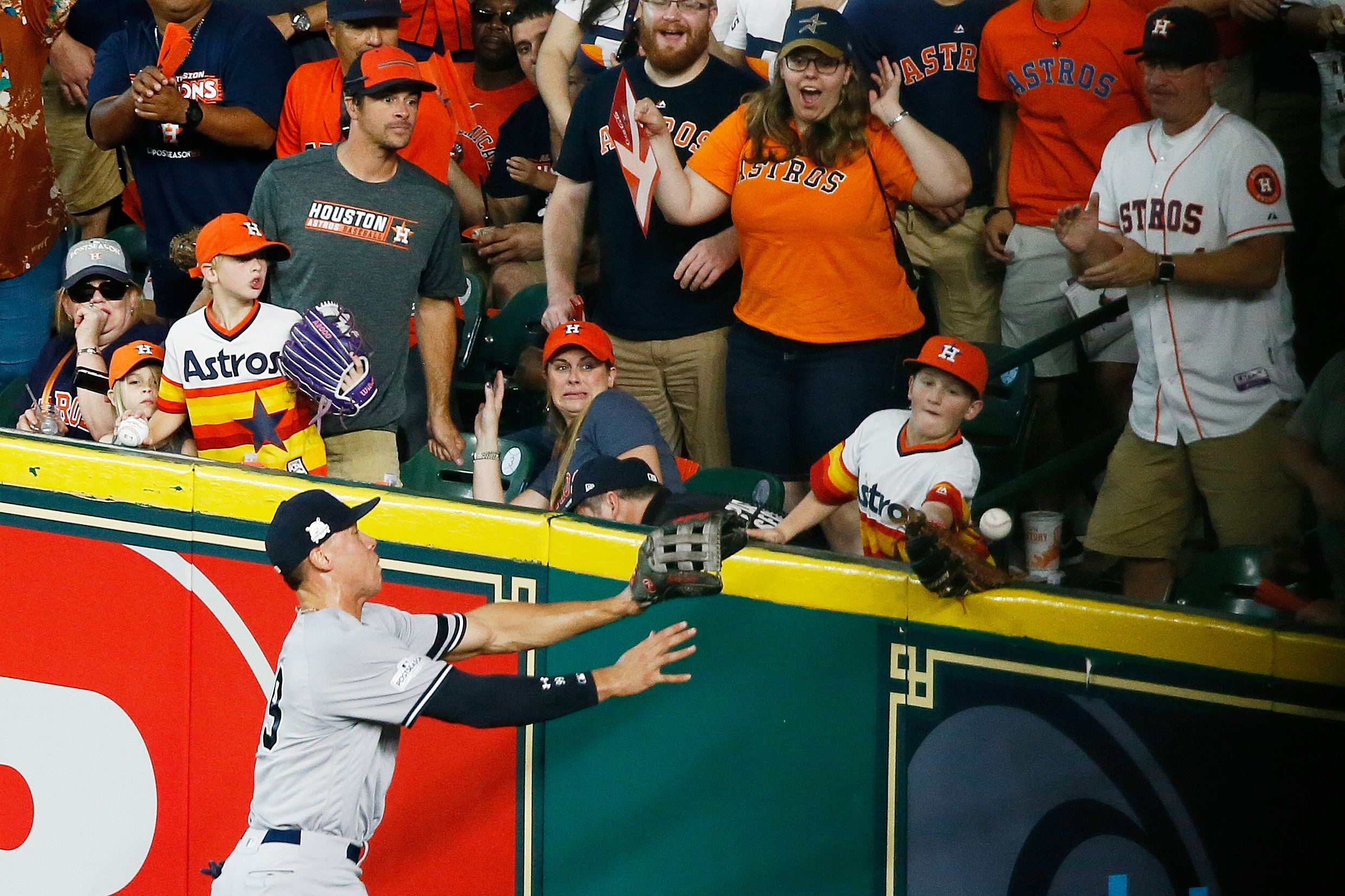 The kid who nearly caught the Astros homer had an angel in the outfield: His brother