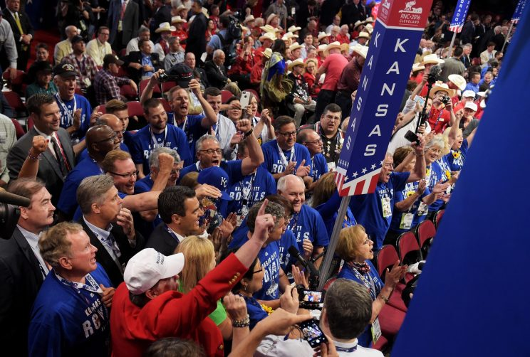 Kansas delegates cast votes at RNC while wearing Royals gear