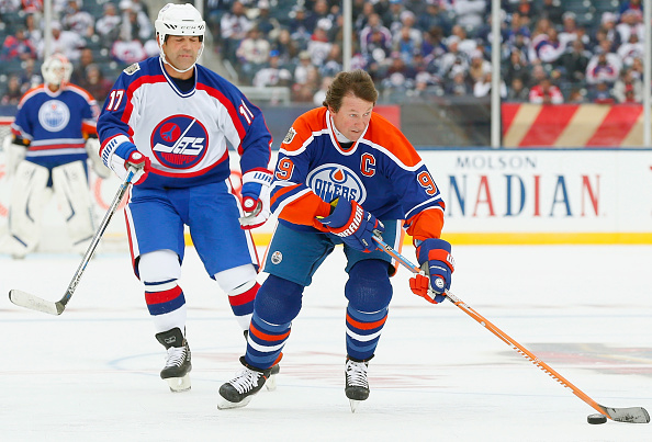 Wayne Gretzky to serve as captain in Bakersfield outdoor alumni…