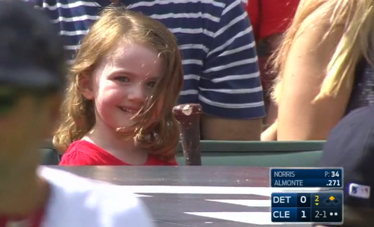 Young fan gets Abraham Almonte's flying bat, and she loves it