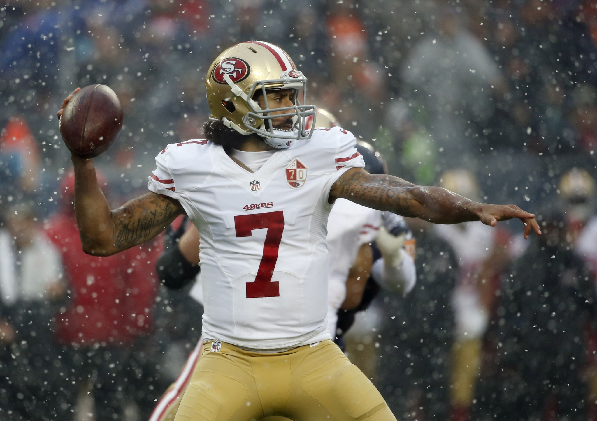 Colin Kaepernick benched at snowy Soldier Field, replaced by Bl…