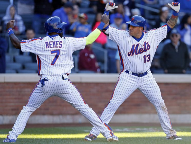Mets clobber Phillies to take lead in NL wild card race