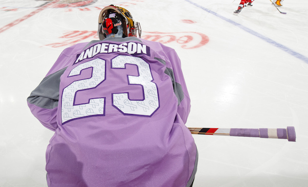 Senators honor Nicholle Anderson during Hockey Fights Cancer ni…