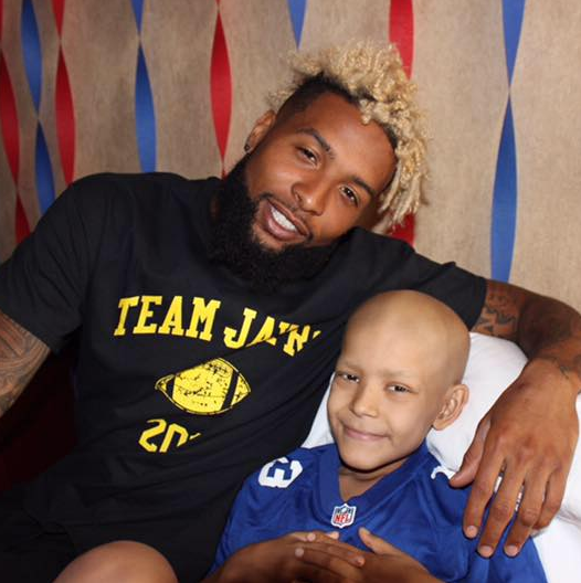 Odell Beckham Jr. drops what he's doing to visit cancer-stricken young fan in Texas