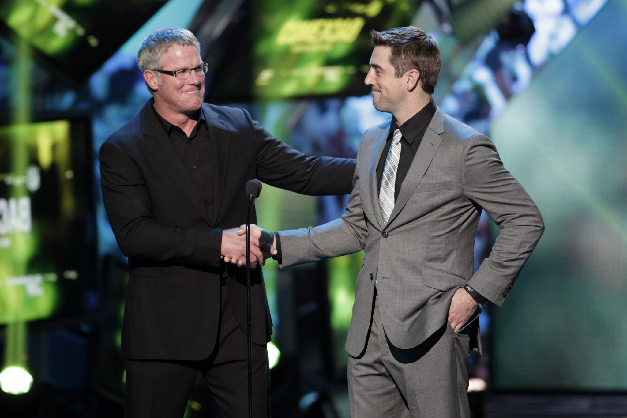 No 'Grandpa' here: Aaron Rodgers denies story of his first meet…