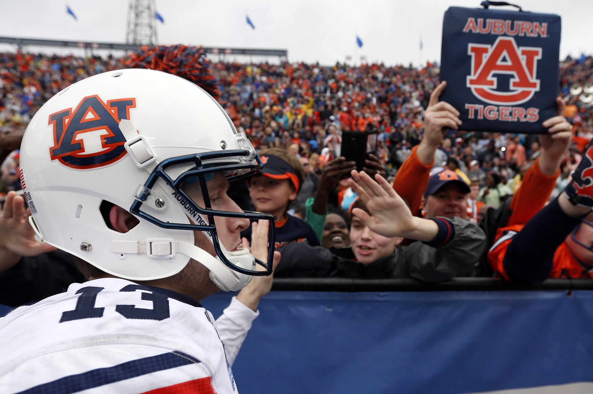 Sean White led Auburn to win over Memphis in the Birmingham Bowl. (AP Photo/Butch Dill)