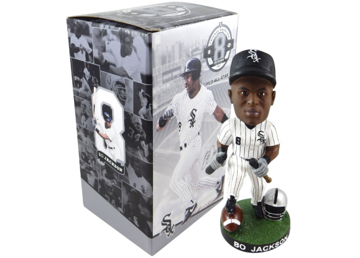 Bo Jackson bobblehead features him at his bat-snapping best