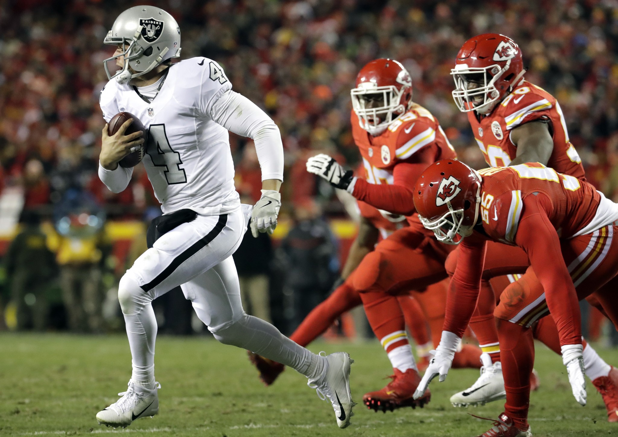 Derek Carr was doing great until he ran into the Chiefs (again)