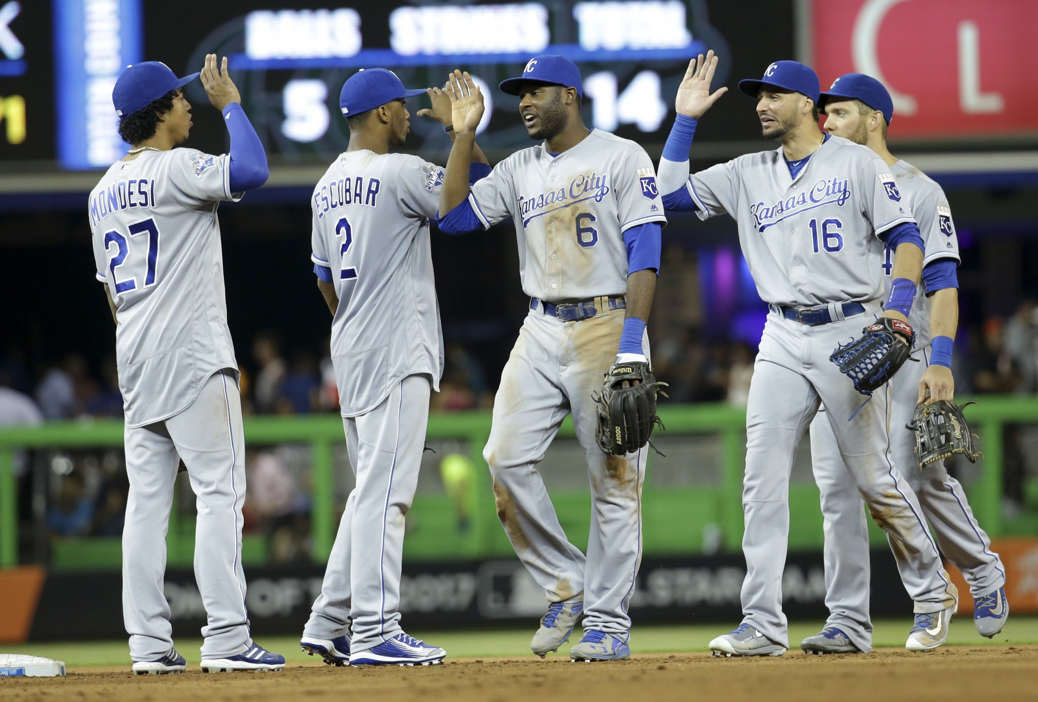 Watch Live: Royals take on Marlins in Free Game of the Day