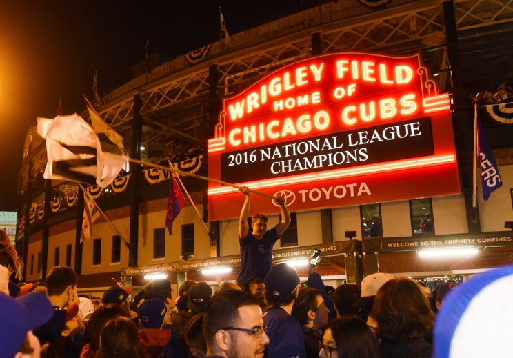 Cubs overwhelming favorites to win World Series over Indians