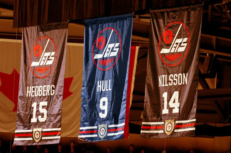 Bobby Hull apologists rally after Jets Hall of Fame no-show