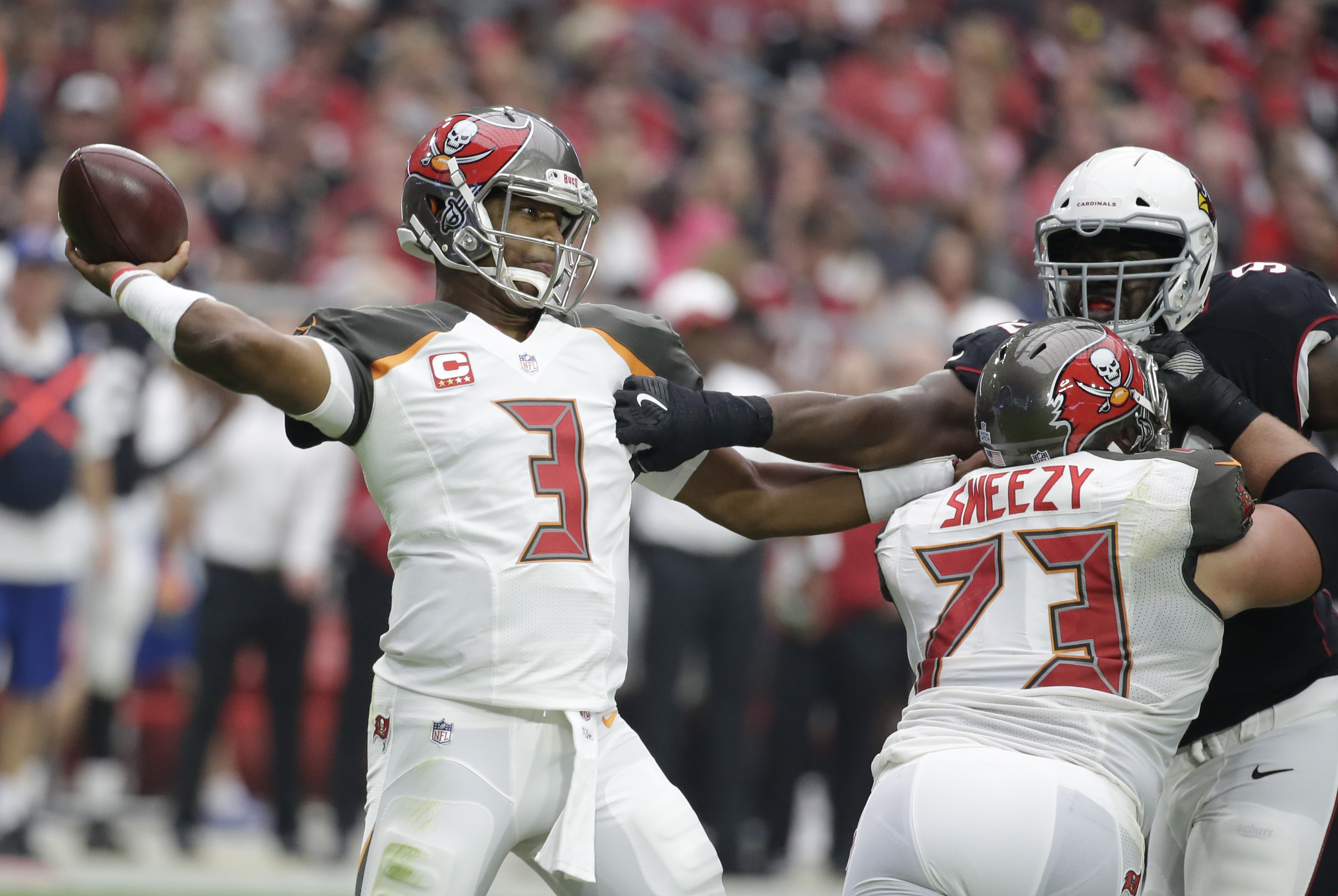 Buccaneers announce Jameis Winston will start despite sprained AC joint