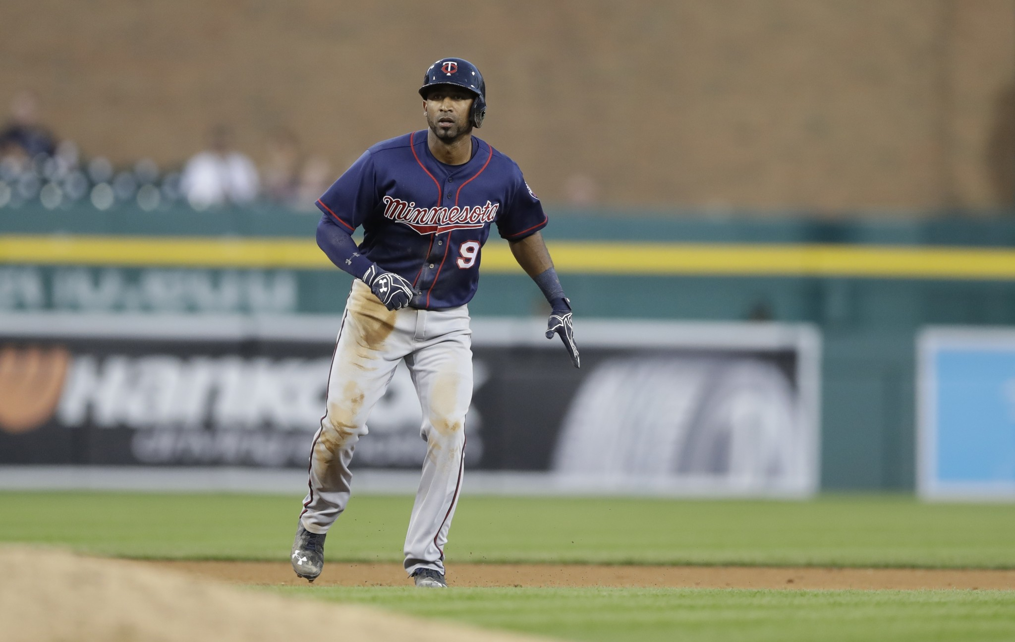 Twins-Giants make win-win deal as Eduardo Nunez heads west
