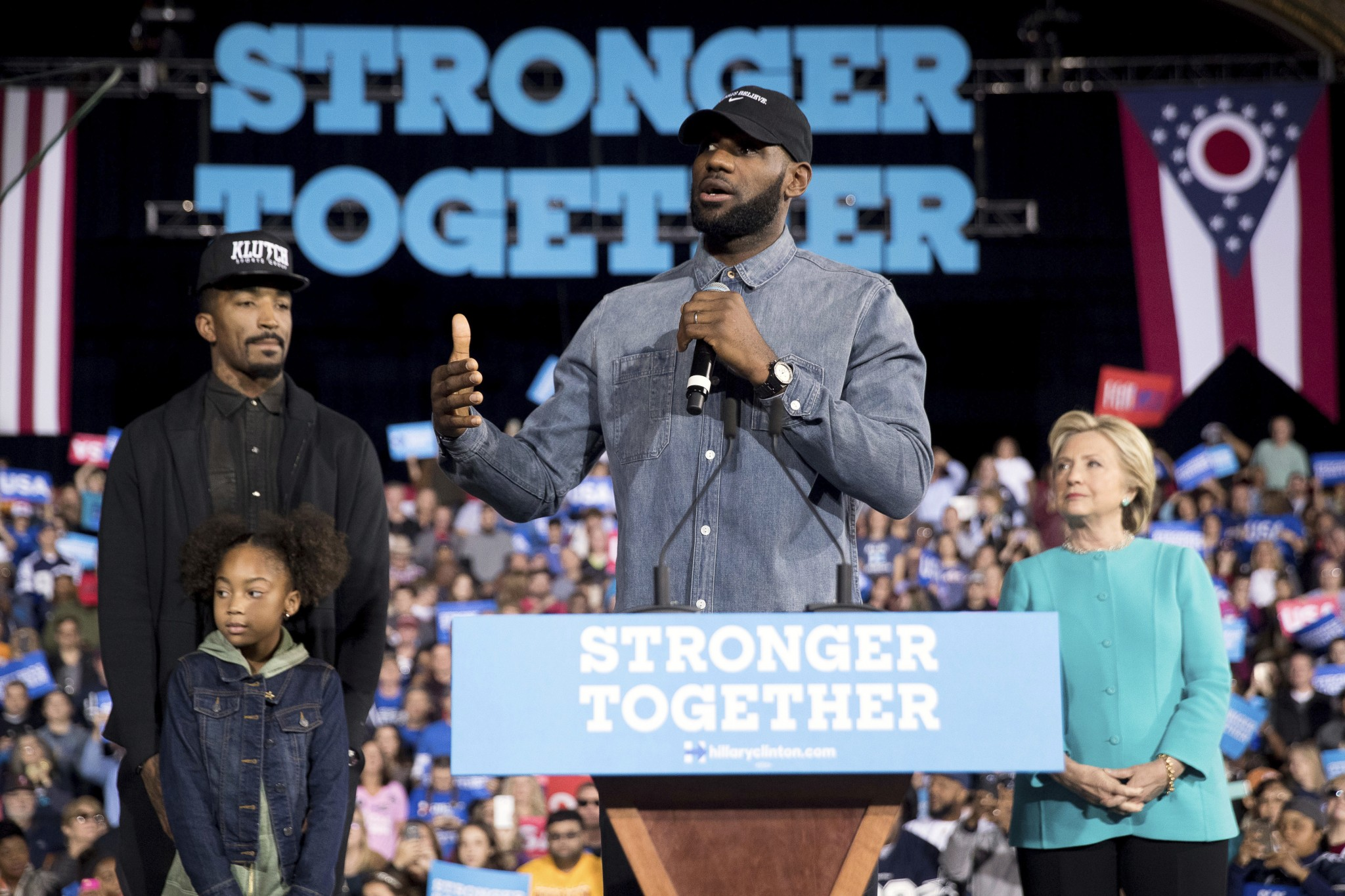 LeBron James, several other Cavs won't stay at Trump hotel in N…