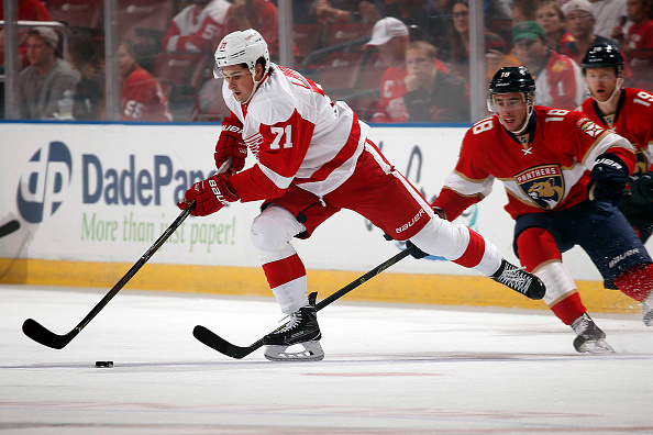 Red Wings host Senators in final Joe Louis Arena home opener (F…