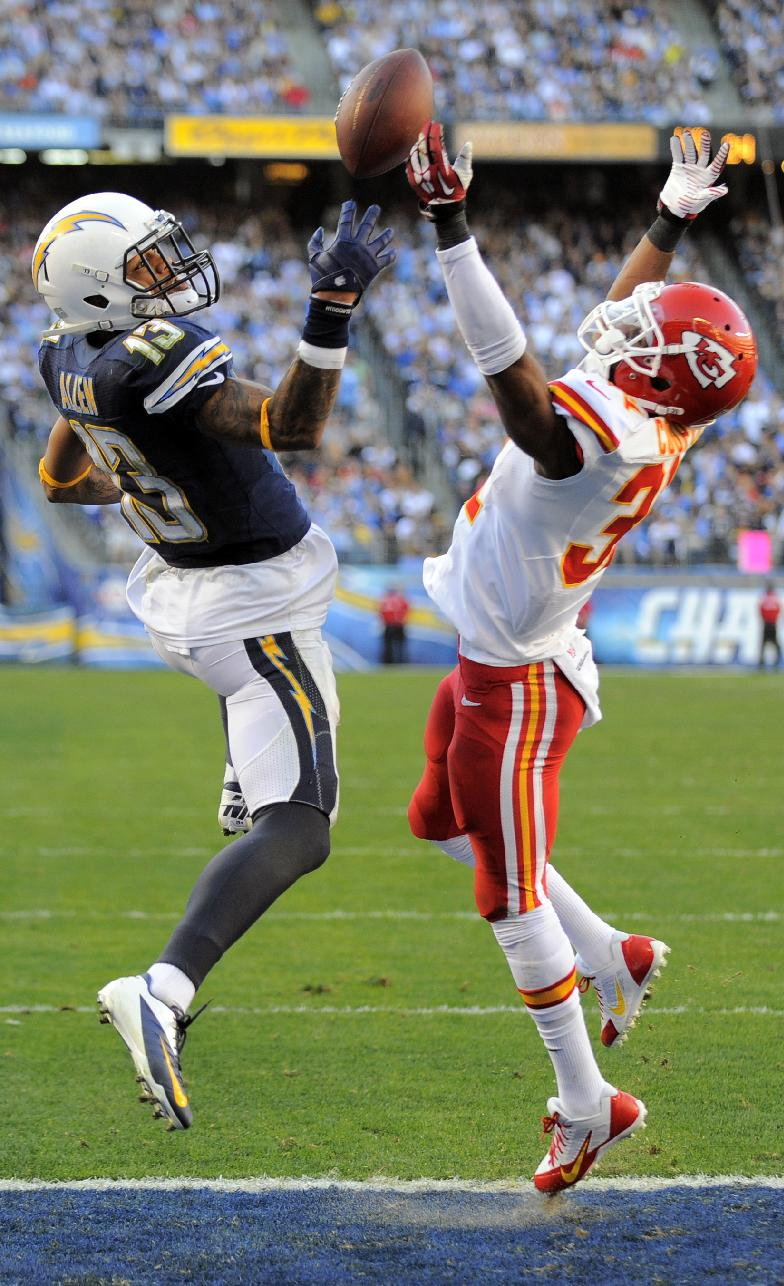 Keenan Allen just misses an end-zone look (AP Photo/Denis Poroy)