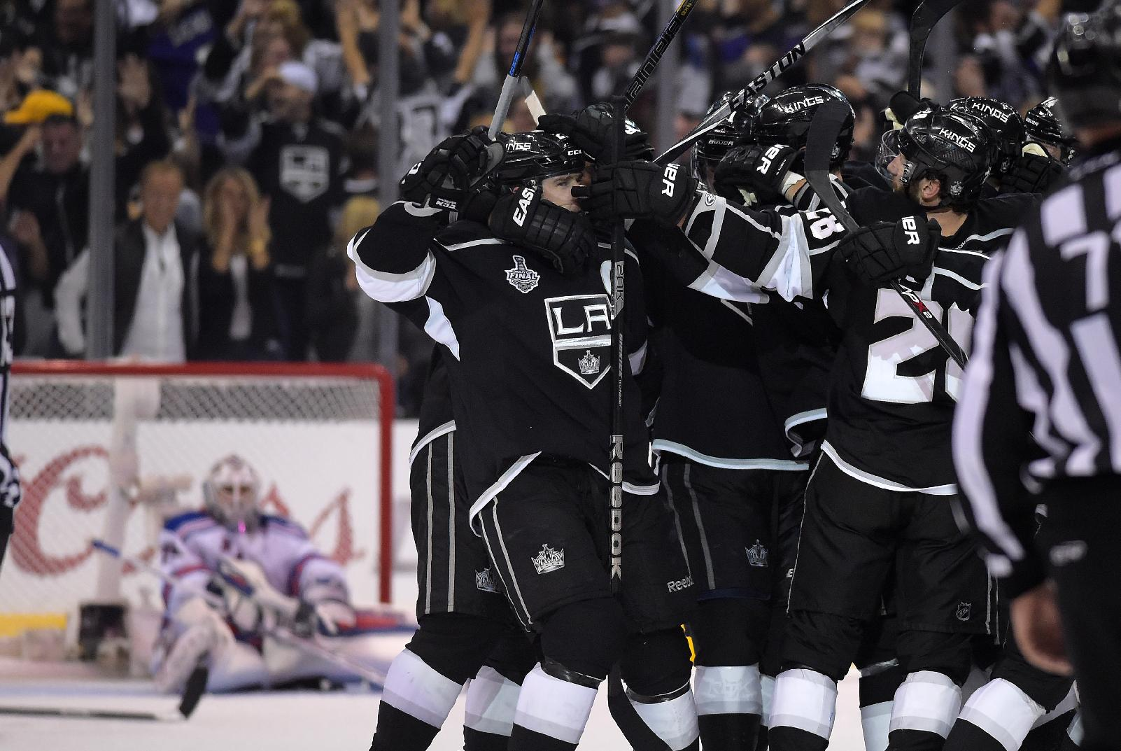 Dustin Brown's double-OT goal gives Kings 2-0 Stanley Cup Final…