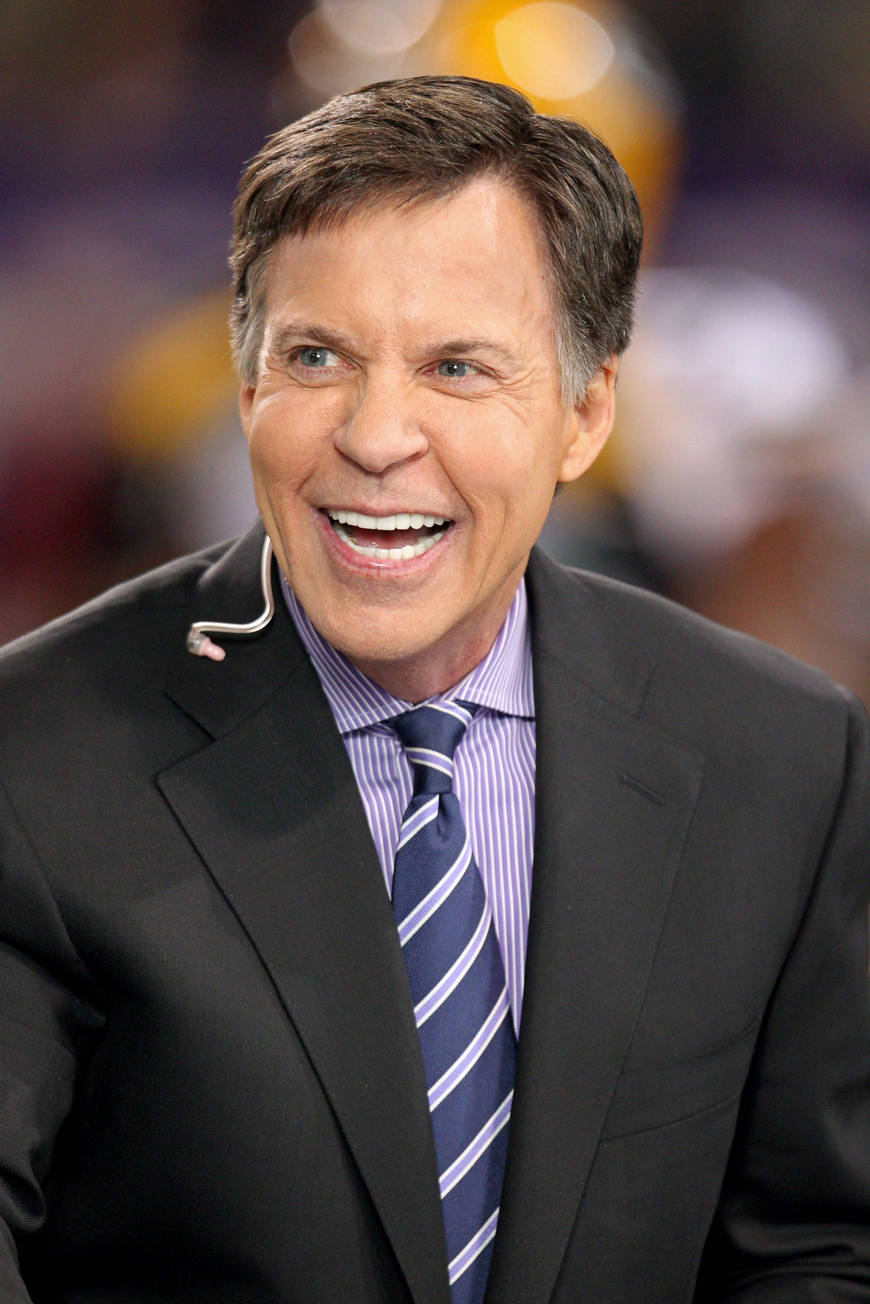 Bob Costas throws terrible first pitch, takes a mulligan, throw…