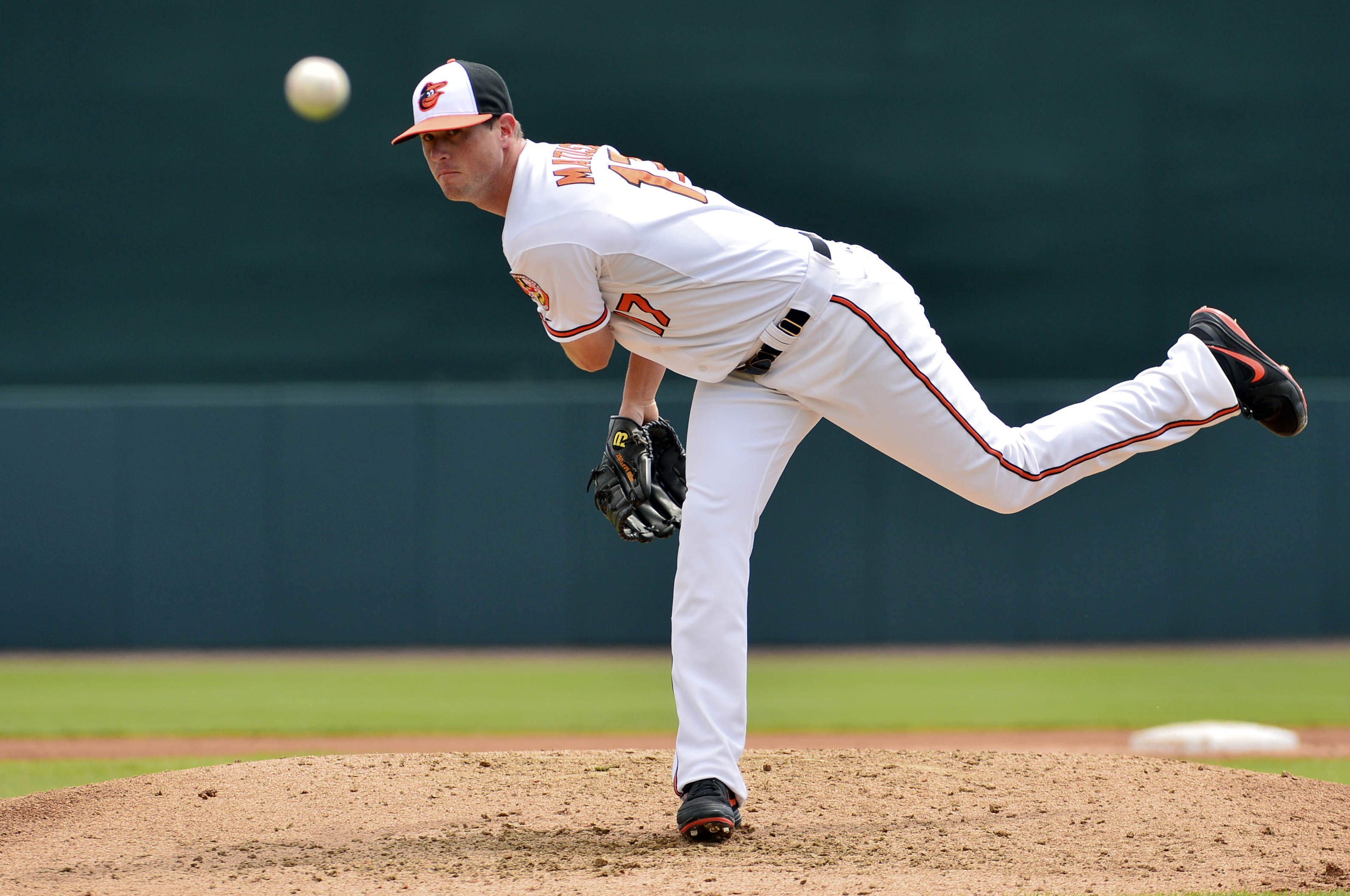 Nut allergy bonds Orioles pitcher Brian Matusz and 8-year-old W…