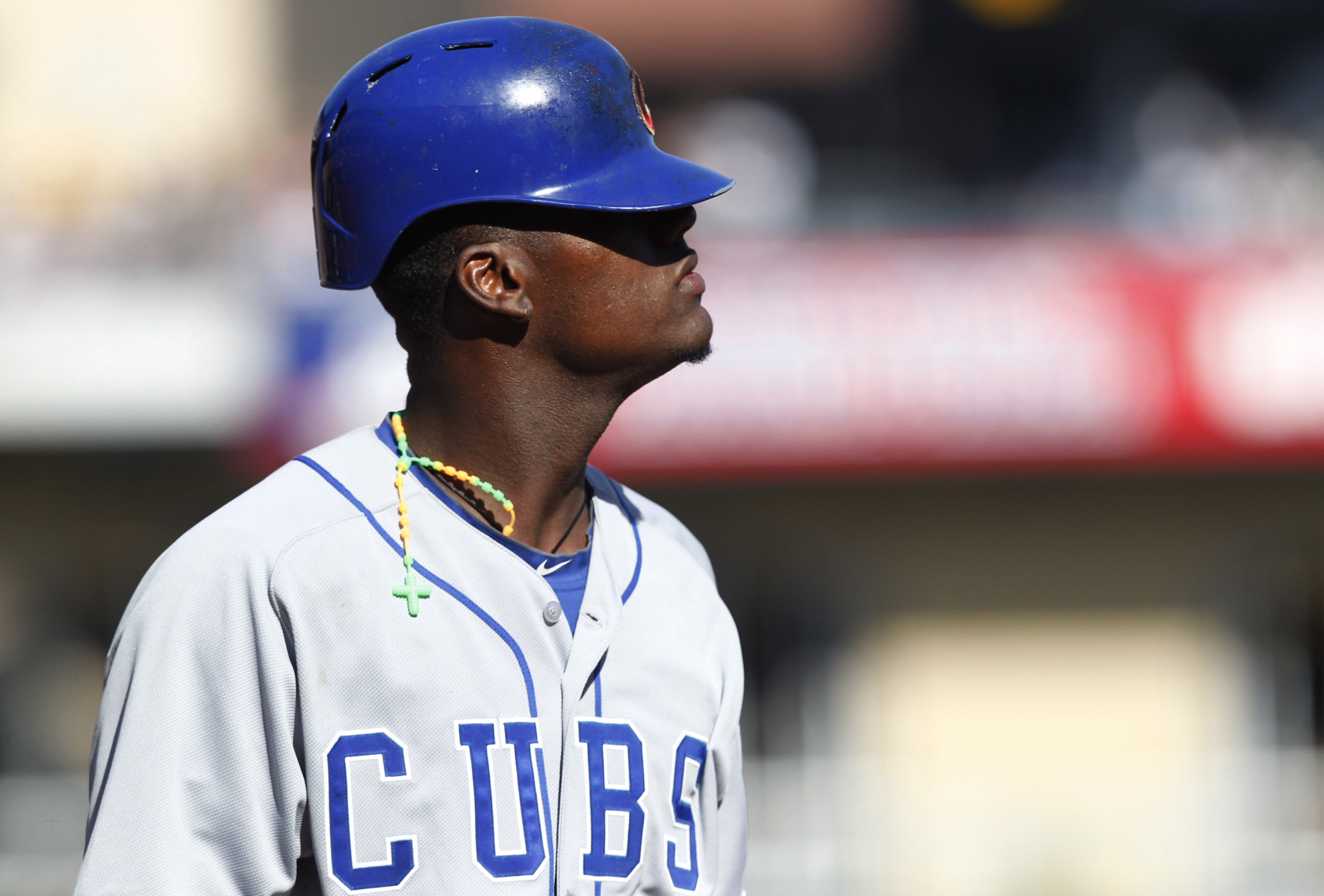 Cubs outfielder Junior Lake plays a whole inning in the wrong j…