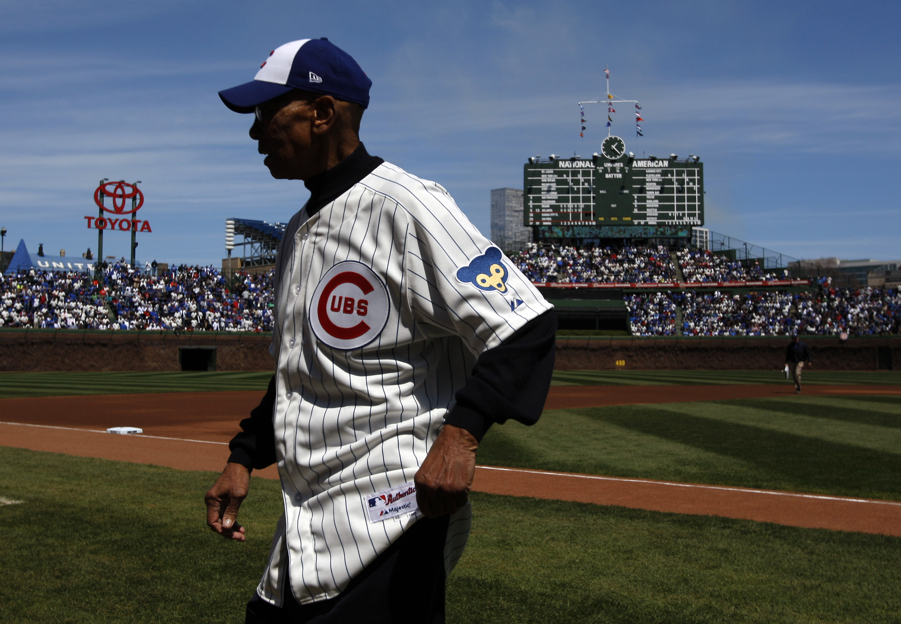Rest in peace, 14. (Jerry Lai-USA TODAY Sports)
