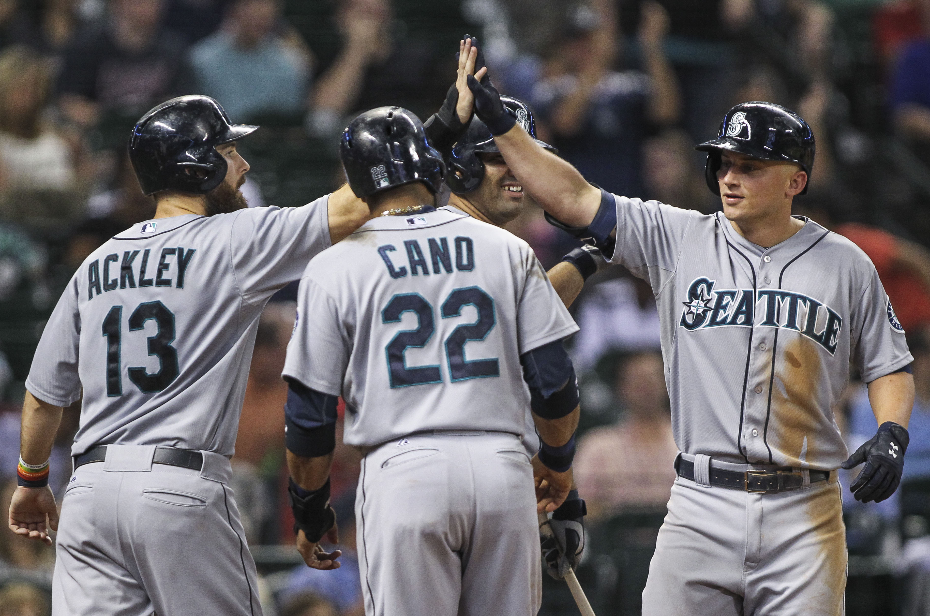 The Grand Slam: Tigers take charge in 10-1 win over Royals